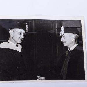 1937 Press Photo Dr. Frank Pierrepont Graves Inducts Ralph Hetzel Phi Beta Kappa
